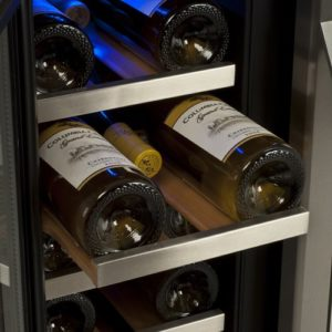 edgestar_36_bottle_built-in_wine_cooler_colseup