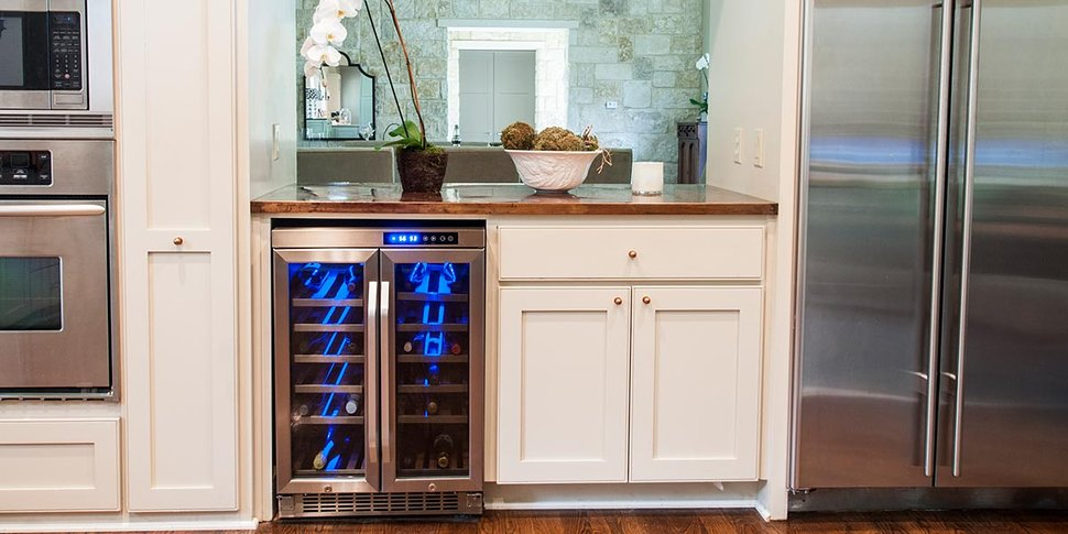 edgestar_built-in_under-counter_wine_cooler