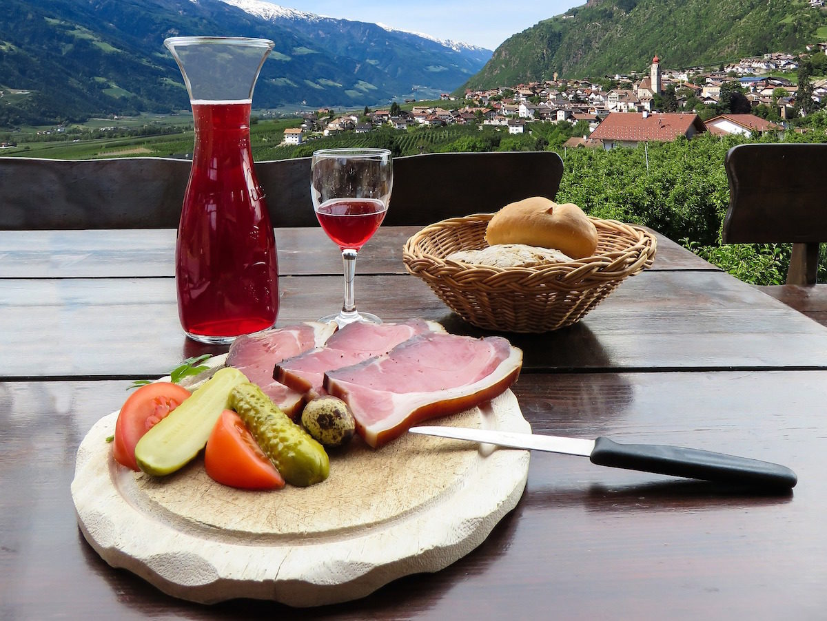 5 Unusual Chianti Food Pairings – This Italian Wine isn't Just For Pizza