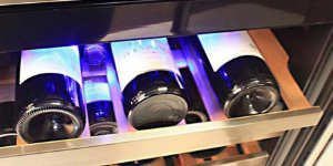 edgestar-wine-cooler-shelf-detail